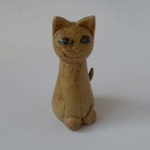 sitzende Katzenfigur